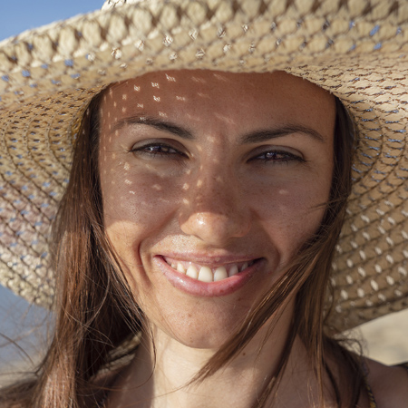 sonrisa con ortodoncia invisible